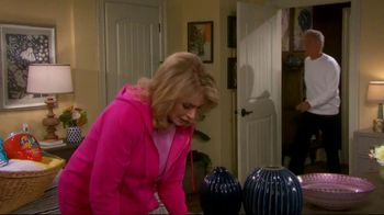 Tide TV Spot, 'Days of Our Lives, 'John and Marlena Turn Laundry Night into a Literal Soap Opera!' - Thumbnail 2