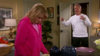 Tide TV Spot, 'Days of Our Lives, 'John and Marlena Turn Laundry Night into a Literal Soap Opera!' - Thumbnail 3