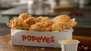 Popeyes Wild Honey Mustard Boneless Wings TV Spot, 'Sumergir todo' [Spanish] - Thumbnail 1