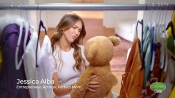 Culturelle Kids TV Spot, 'Kids Shoes' Featuring Jessica Alba