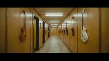 DHL TV Spot, 'Guitar' Featuring Bryan Adams - Thumbnail 2
