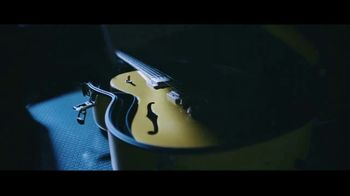 DHL TV Spot, 'Guitar' Featuring Bryan Adams - Thumbnail 8