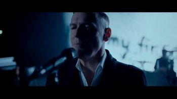 DHL TV Spot, 'Guitar' Featuring Bryan Adams - Thumbnail 9
