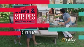Ashley HomeStore Stars & Stripes Outdoor Event TV Spot, 'Dining and Entertaining' - Thumbnail 3