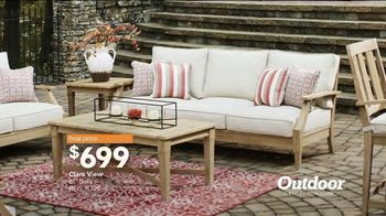 Ashley HomeStore Stars & Stripes Outdoor Event TV Spot, 'Dining and Entertaining' - Thumbnail 7