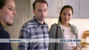 Spectrum TV Spot, 'Real Estate Agent: $89.98' - Thumbnail 3