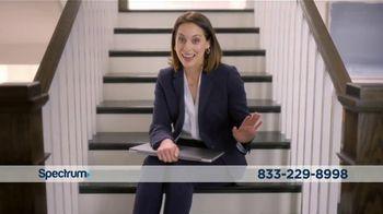 Spectrum TV Spot, 'Real Estate Agent: $89.98' - Thumbnail 9