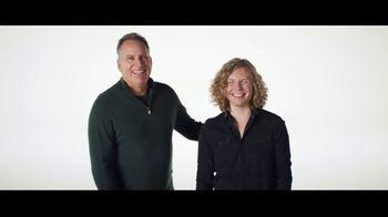 Verizon TV Spot, 'Blake and Chris: iPhone XR and iPad' - Thumbnail 8
