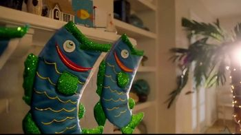 Long John Silver's Taco Combo TV Spot, 'Celebrate Fishmas' - Thumbnail 1