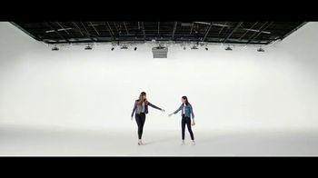Verizon TV Spot, 'Yousafzai Sisters: Galaxy J3V' - Thumbnail 5