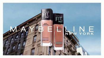 Maybelline New York Fit Me! Dewey + Smooth Foundation TV Spot, 'En dos acabados' [Spanish] - Thumbnail 2