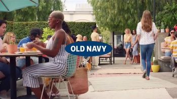 Old Navy TV Spot, 'Hot Summer Styles: Shorts, Tees and Dresses' Featuring Regina Hall - Thumbnail 1