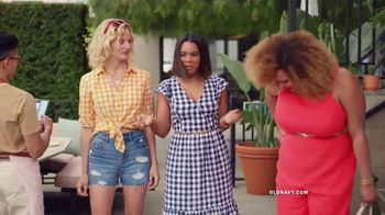 Old Navy TV Spot, 'Hot Summer Styles: Shorts, Tees and Dresses' Featuring Regina Hall - Thumbnail 3