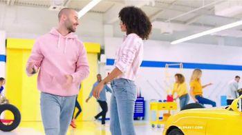 Old Navy TV Spot, 'Shorts, camisetas y vestidos' canción de Kaskade [Spanish] - Thumbnail 9
