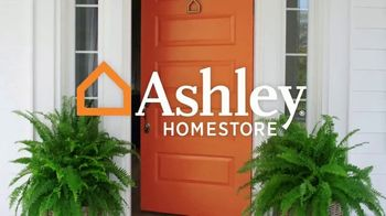 Ashley HomeStore Stars & Stripes Event TV Spot, 'Doorbusters' Song by Midnight Riot - Thumbnail 1