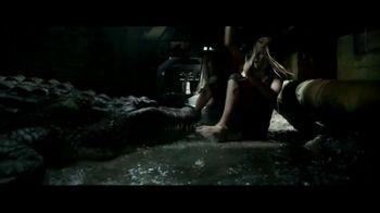 Crawl Home Entertainment TV Spot - Thumbnail 7