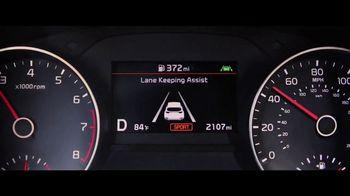 2020 Kia Sportage TV Spot, 'Más opciones, estándar' [Spanish] [T1] - Thumbnail 4