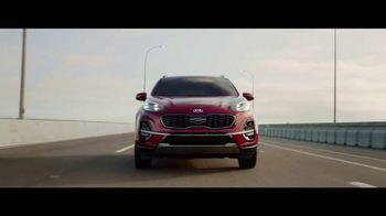 2020 Kia Sportage TV Spot, 'Más opciones, estándar' [Spanish] [T1] - Thumbnail 5