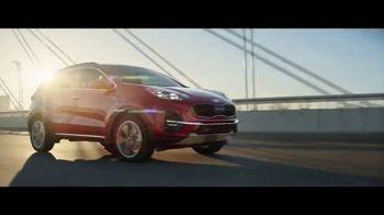 2020 Kia Sportage TV Spot, 'Más opciones, estándar' [Spanish] [T1] - Thumbnail 7