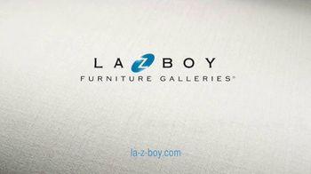 La-Z-Boy Columbus Day Sale TV Spot, 'Favorite Spot: Zero Percent' - Thumbnail 9