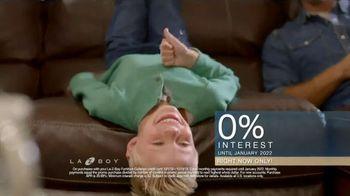 La-Z-Boy Columbus Day Sale TV Spot, 'Favorite Spot: Zero Percent' - Thumbnail 8