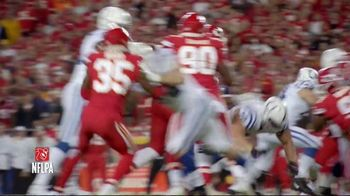 Pizza Hut TV Spot, 'Hut of the Week: Colts vs. Chiefs' - Thumbnail 4