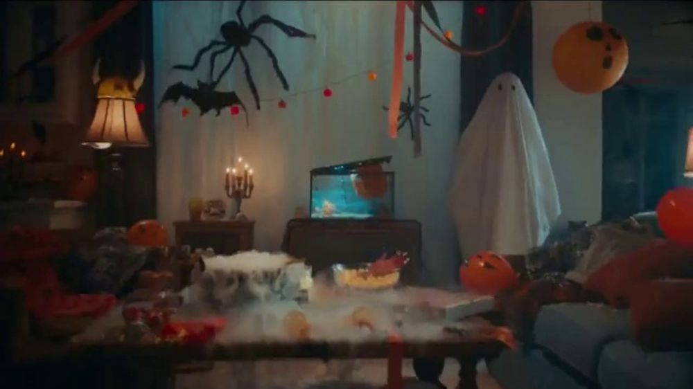 M&M Commercial Of Halloween 2020 M&M's TV Commercial, 'Halloween: Ghosted'   iSpot.tv