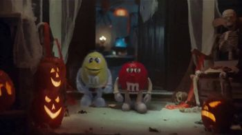 M&M's TV Spot, 'Halloween: Ghosted' - Thumbnail 5