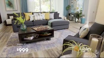 Ashley HomeStore Columbus Day Sale TV Spot, 'Queen Panel Bed and Sofa' Song by Midnight Riot - Thumbnail 6