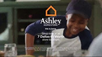 Ashley HomeStore Columbus Day Sale TV Spot, 'Queen Panel Bed and Sofa' Song by Midnight Riot - Thumbnail 8