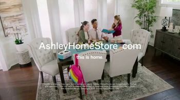 Ashley HomeStore Columbus Day Sale TV Spot, 'Geashill Sofa and Jeanette Rectangular Dining Table' - Thumbnail 10