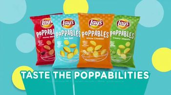 Lay's Poppables TV Spot, 'Crispy and Full of Flavor' - Thumbnail 9