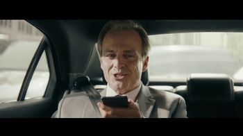 Charles Schwab TV Spot, 'Talking to Carl: Commission Free Trades' - Thumbnail 4