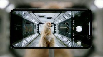 Apple iPhone 11 Pro TV Spot, 'Sistema de triple cámara' canción de Ateph Elidja [Spanish] - Thumbnail 6