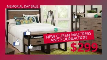 CORT Furniture Outlet Memorial Day Sale TV Spot, 'Just As Stylish' - Thumbnail 4