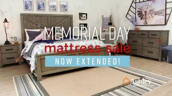 Ashley HomeStore Memorial Day Mattress Sale TV Spot, 'Extended: Select Tempur-Pedic' Song by Midnight Riot - Thumbnail 2