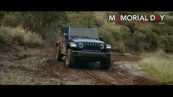 Jeep Memorial Day Sales Event TV Spot, 'Legends' Song by The Kills [T2] - Thumbnail 4