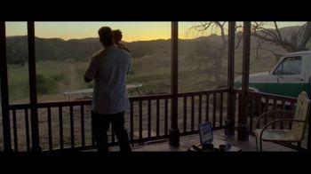 Facebook Groups TV Spot, 'Memphis in May' Song by Marc Cohn - Thumbnail 5