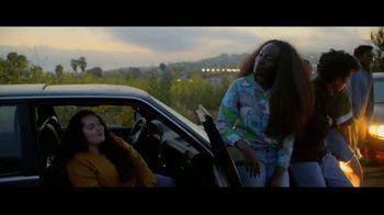 Facebook Groups TV Spot, 'Memphis in May' Song by Marc Cohn - Thumbnail 6