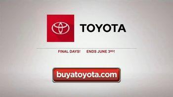 Toyota Summer Starts Here TV Spot, 'Dominoes' [T2] - Thumbnail 7