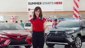 Toyota Summer Starts Here TV Spot, 'Dominoes' [T2] - Thumbnail 3