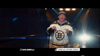 NHL Shop TV Spot, 'Bruins and Blues Fans' - Thumbnail 5