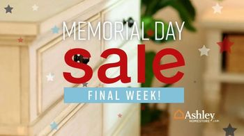 Ashley HomeStore Memorial Day Sale TV Spot, 'Extended: Doorbusters' Song by Midnight Riot - Thumbnail 10