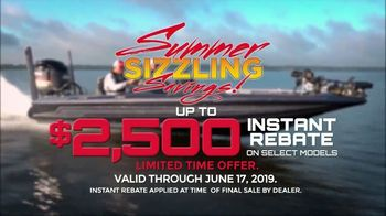 Skeeter Boats Sizzling Summer Savings TV Spot, 'Set the Standard' - Thumbnail 6