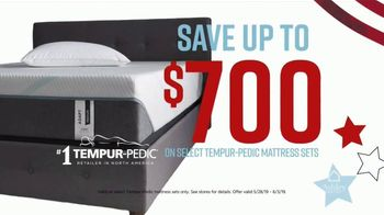Ashley HomeStore Memorial Day Mattress Sale TV Spot, 'Final Days: Save up to $700' Song by Midnight Riot - Thumbnail 4