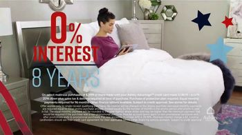 Ashley HomeStore Memorial Day Mattress Sale TV Spot, 'Final Days: Save up to $700' Song by Midnight Riot - Thumbnail 5