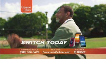 Consumer Cellular TV Spot, 'Baseball' - Thumbnail 8