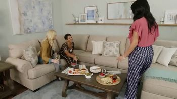 Ashley HomeStore The Fall Sale TV Spot, 'Final Week' Song by Midnight Riot - Thumbnail 9