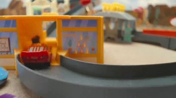 Disney Pixar Cars Radiator Springs Track Set TV Spot, 'Wins the Race' - Thumbnail 3