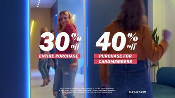 Old Navy High-Rise Slim Straight Jeans TV Spot, 'Reunion: 30 or 40 Percent' Featuring Busy Philipps - Thumbnail 9